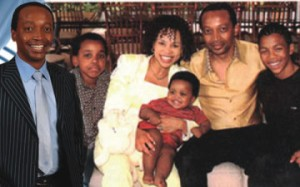 Patrice-Motsepe-with-his-family-members-360x225