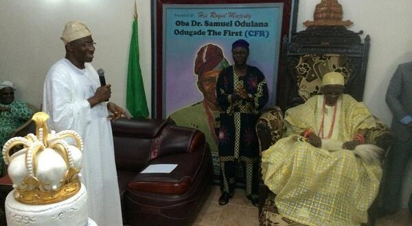 Bukola Saraki, Tambuwal Donate Blood To Abuja Blast Victims As Jonathan Finally Joins Olubadan Party [PICTURES]