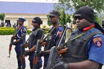 Bunkering ; NSCDC arrests 60-year-old woman, four others for oil theft