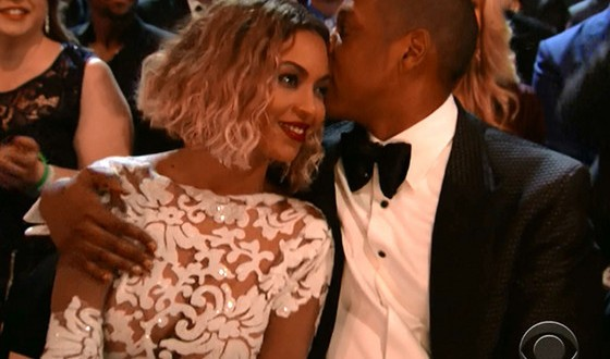 Pregnant Beyonce and Cheating Jay Z Divorce Rumors Resurface After On the Run Tickets Disappoints